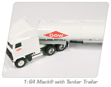 1:64 Mack® with Tanker Trailer